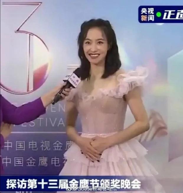 Bóc trần nhan sắc dàn sao Kim Ưng khi không có PTS: Victoria gây thất vọng, Lưu Đào chấp đàn em với visual đỉnh cao - Ảnh 3.
