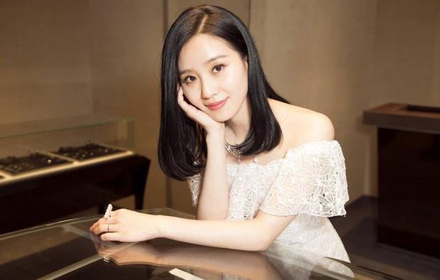 Đặt lên bàn cân 4 mỹ nhân sinh năm 1987 của Cbiz: Đều là Nữ thần Kim Ưng nhưng viên mãn cả đường tình lẫn sự nghiệp thì chẳng ai vượt qua Triệu Lệ Dĩnh - Ảnh 3.