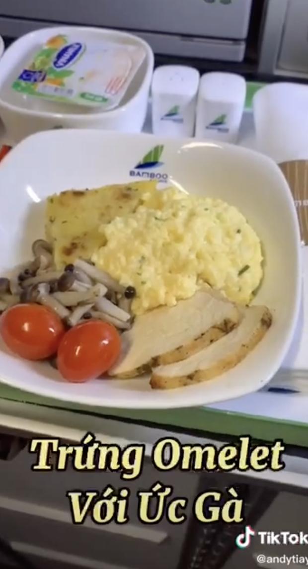 Bí mật về menu đồ ăn của tiếp viên hàng không được trai đẹp tiết lộ, ai xem xong đều há hốc mồm vì sự thật bấy lâu nay đã sáng tỏ - Ảnh 9.