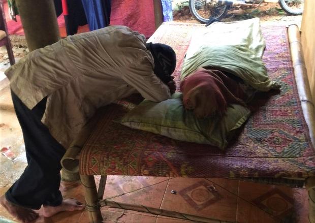 Vụ sạt lở đất khiến 6 người trong gia đình chết thảm: Một nạn nhân đang mang thai tháng thứ 7 - Ảnh 1.