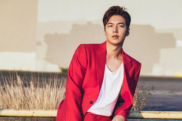 Chán làm con nhà giàu, Lee Min Ho biến hình thành trai nghèo, ơn trời sau 34 năm cuộc đời anh cũng chịu đổi màu rồi! - Ảnh 1.