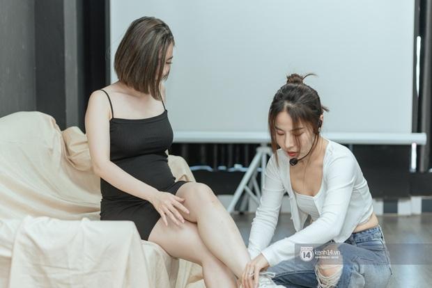 Dự giờ lớp dạy pose dáng của Kiều Ly Phạm: 3 triệu/ 3 buổi, từ gà mờ sống ảo, mẹ bầu đến chị gái đủ sắc đủ tiền đều đi học - Ảnh 10.