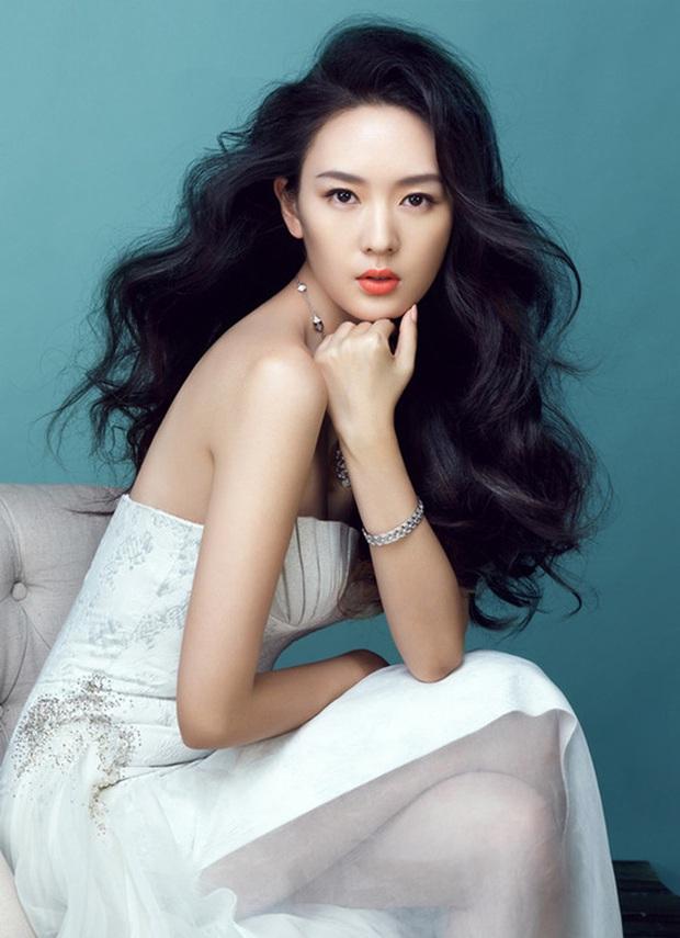 3 mỹ nhân thị phi nhất Kim Ưng 2020: Victoria ké fame loạt mỹ nam, Đồng Dao ngoại tình, bê bối nhất là Triệu Lệ Dĩnh - Ảnh 24.