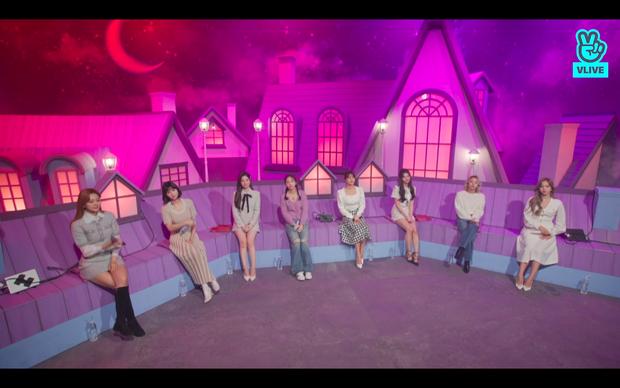 Tròn 5 năm debut, TWICE mở buổi live đặc biệt: Jeongyeon vắng mặt, các thành viên không ngại spoil ca khúc mới khiến fan sướng rơn - Ảnh 55.