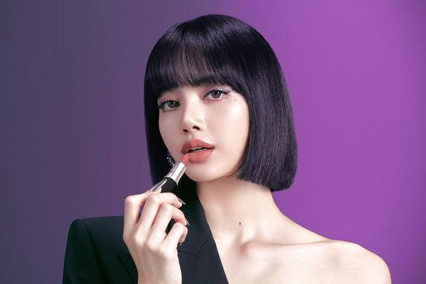 Lisa trở thành đại sứ toàn cầu của mỹ phẩm MAC, là nữ idol Kpop đầu tiên trong lịch sử được chọn - Ảnh 1.