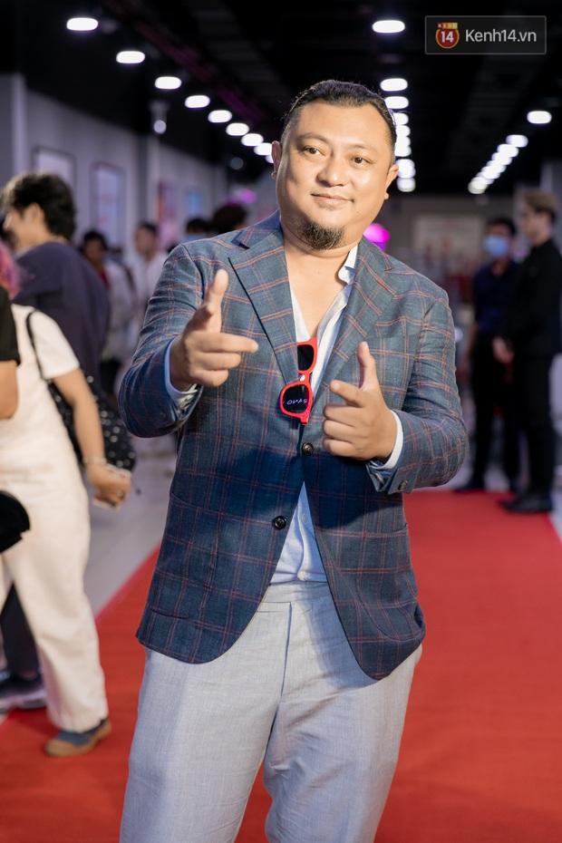 Kaity Nguyễn diện đồ kín bưng, để dàn mỹ nhân showbiz Việt chặt đẹp ở thảm đỏ Tiệc Trăng Máu - Ảnh 4.