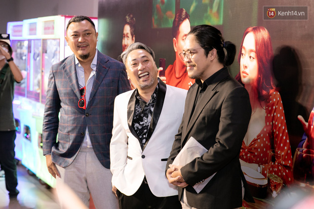 Kaity Nguyễn diện đồ kín bưng, để dàn mỹ nhân showbiz Việt chặt đẹp ở thảm đỏ Tiệc Trăng Máu - Ảnh 3.