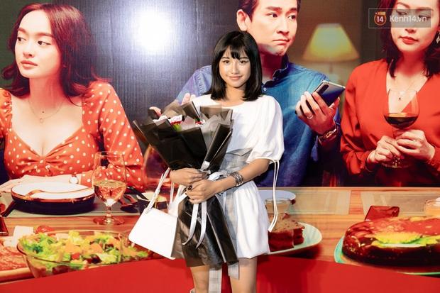 Kaity Nguyễn diện đồ kín bưng, để dàn mỹ nhân showbiz Việt chặt đẹp ở thảm đỏ Tiệc Trăng Máu - Ảnh 12.
