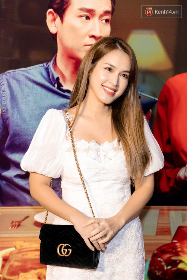 Kaity Nguyễn diện đồ kín bưng, để dàn mỹ nhân showbiz Việt chặt đẹp ở thảm đỏ Tiệc Trăng Máu - Ảnh 11.