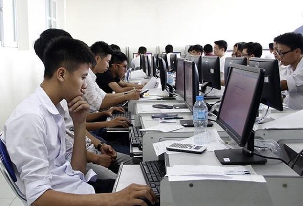 Thi tốt nghiệp THPT trên máy tính: Quan trọng là an toàn, chất lượng - Ảnh 1.