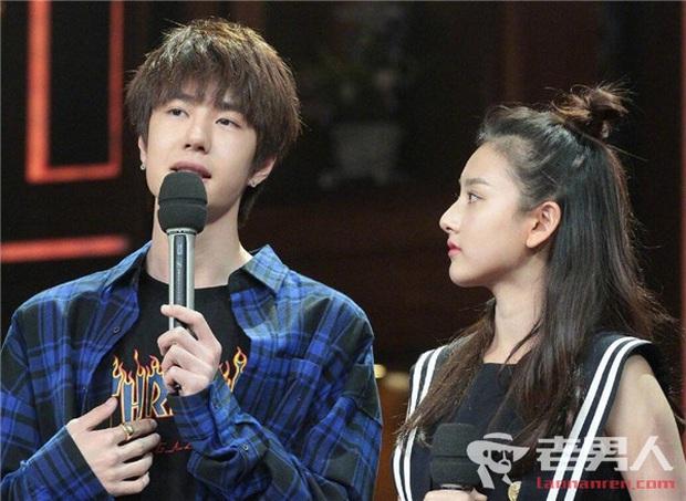 Thờ ơ với tất cả các cô gái xinh đẹp, Vương Nhất Bác khiến Cnet ngạc nhiên vì thái độ khác hẳn với Triệu Lệ Dĩnh - Ảnh 5.