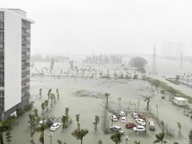 Mưa trắng trời, TP. Hà Tĩnh chìm trong ngập lụt lịch sử chưa từng có - Ảnh 13.