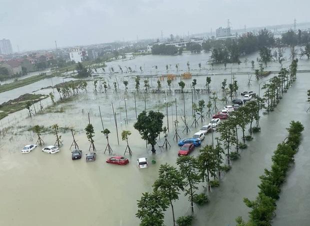 Mưa trắng trời, TP. Hà Tĩnh chìm trong ngập lụt lịch sử chưa từng có - Ảnh 15.