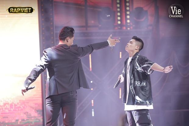 Lý do GDucky là ứng cử viên số 1 của ngôi vị Quán quân Rap Việt: Lối tỉa rap thâm thúy, thần thái tỏa ra hào quang và còn nhiều hơn thế! - Ảnh 16.