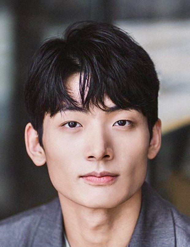 Dàn diễn viên thủ vai 7 nam thần toàn cầu BTS: Hết sao nhí đình đám Thế Giới Hôn Nhân đến mỹ nam phim siêu 18+ loạn luân - Ảnh 10.