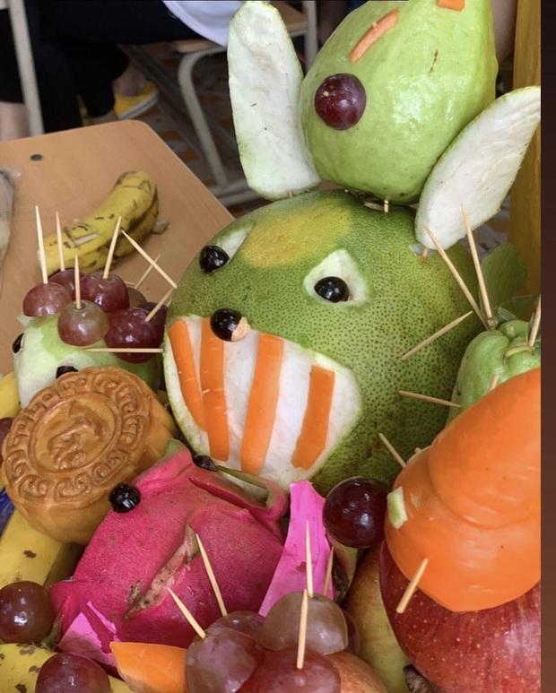 Trung thu vừa qua, Halloween sắp tới: Dân tình bảo nhau giữ lại luôn những tác phẩm hoa quả kinh dị để trang trí - Ảnh 3.