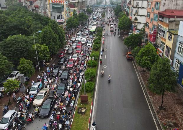Khởi công xây dựng hầm chui Lê Văn Lương - vành đai 3, tuyến đường huyết mạch thường xuyên ùn tắc giờ tan tầm - Ảnh 10.