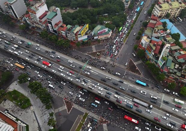 Khởi công xây dựng hầm chui Lê Văn Lương - vành đai 3, tuyến đường huyết mạch thường xuyên ùn tắc giờ tan tầm - Ảnh 6.
