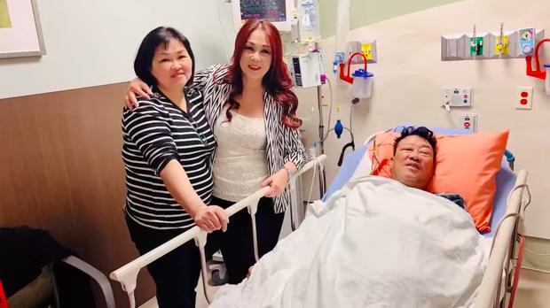 Nhập viện mổ nghẽn mạch máu, nhạc sĩ Lê Quang phải phẫu thuật cắt chân phải do nhiễm trùng - Ảnh 4.