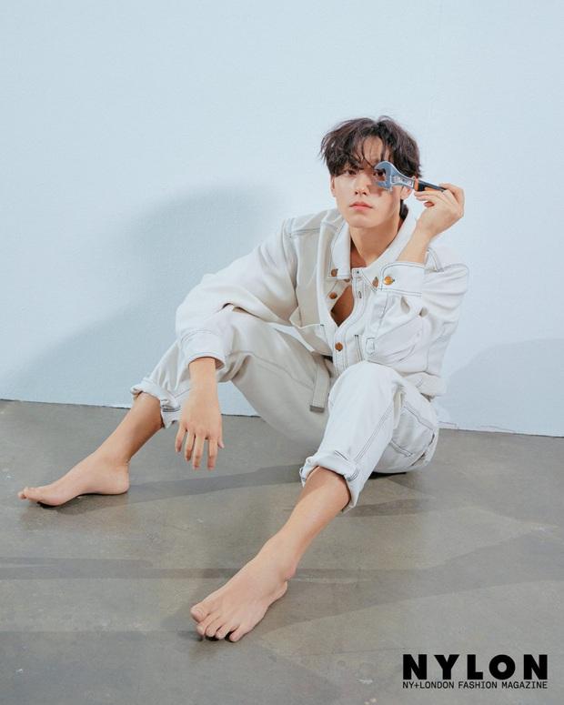 Bố trẻ Lee Do Hyun: Từ hoàng tử vai phụ lên đời nam chính cực phẩm, nỗ lực đóng phim để bố mẹ thoát nghèo - Ảnh 9.