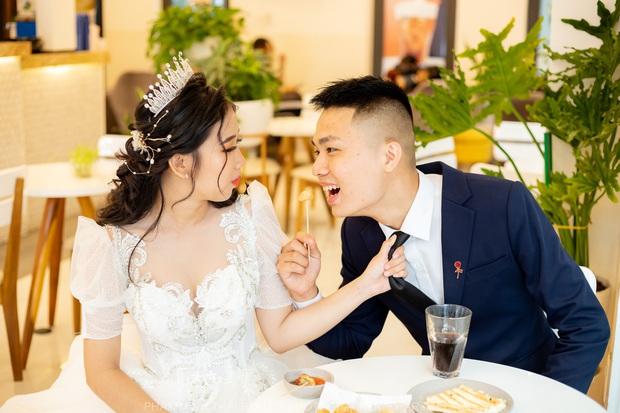 Chạy bo hơn nghìn cây số Hải Phòng - Vĩnh Long, cặp đôi game thủ PUBG Mobile chốt sổ cưới luôn - Ảnh 5.