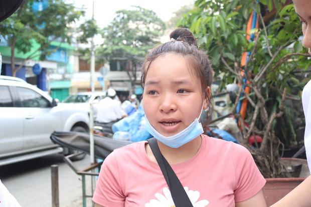 Vụ thiếu nữ 15 tuổi tử vong vì bị bạn trai tẩm xăng đốt: Chị gái khóc hết nước mắt, cố nén nỗi đau để lo hậu sự cho em - Ảnh 2.