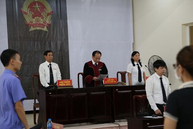 Chủ quán Nhắng nướng bị tuyên phạt 12 tháng tù giam: Bị cáo xin lỗi chị Hiền và toàn thể cộng đồng mạng - Ảnh 9.