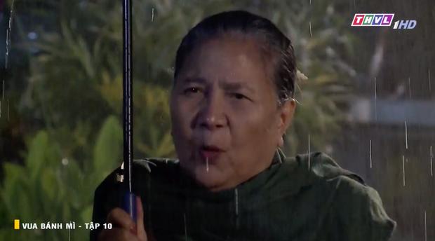 Vua Bánh Mì bản Việt tập 10: Phát hiện con dâu ngoại tình, mẹ chồng bị xô ngã đập đầu, bỏ mặc ngoài mưa suốt đêm - Ảnh 3.