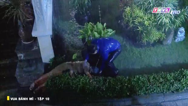 Vua Bánh Mì bản Việt tập 10: Phát hiện con dâu ngoại tình, mẹ chồng bị xô ngã đập đầu, bỏ mặc ngoài mưa suốt đêm - Ảnh 10.