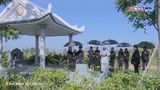 Vua Bánh Mì bản Việt tập 10: Phát hiện con dâu ngoại tình, mẹ chồng bị xô ngã đập đầu, bỏ mặc ngoài mưa suốt đêm - Ảnh 15.
