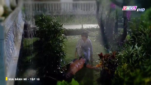 Vua Bánh Mì bản Việt tập 10: Phát hiện con dâu ngoại tình, mẹ chồng bị xô ngã đập đầu, bỏ mặc ngoài mưa suốt đêm - Ảnh 18.