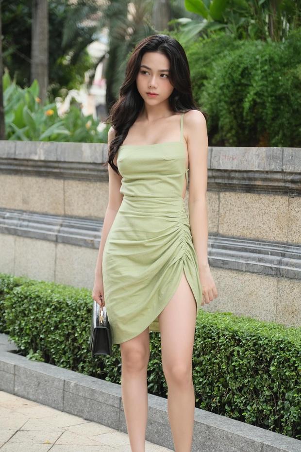 Nhân lúc Hàn Hằng ở ẩn, có một hot girl tạp hoá thế hệ mới xuất hiện và còn được báo Trung khen nức nở - Ảnh 1.
