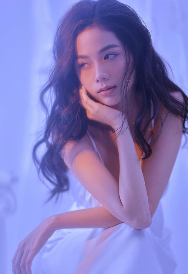 Nhân lúc Hàn Hằng ở ẩn, có một hot girl tạp hoá thế hệ mới xuất hiện và còn được báo Trung khen nức nở - Ảnh 7.