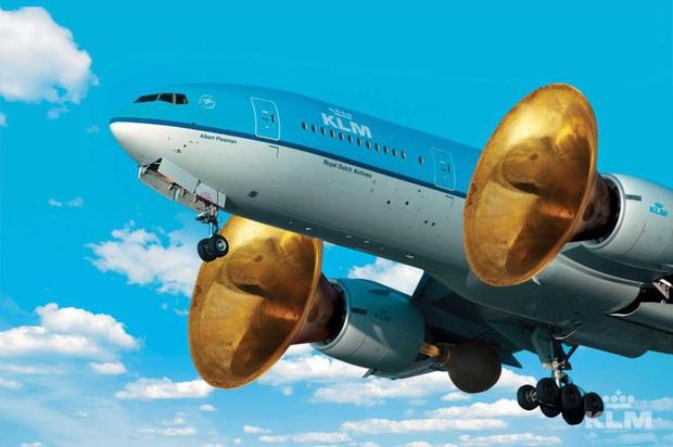 """""""Tại sao hầu hết máy bay đều có màu trắng"""" và hàng vạn thắc mắc đó giờ chưa từng được giải đáp của du khách - Ảnh 4."""