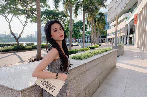 Nhân lúc Hàn Hằng ở ẩn, có một hot girl tạp hoá thế hệ mới xuất hiện và còn được báo Trung khen nức nở - Ảnh 10.