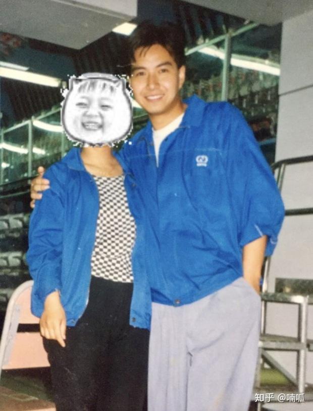 Cô gái khoe bố thời trẻ đẹp như diễn viên TVB, đứng chờ tàu cũng được hỏi muốn làm idol không? - Ảnh 3.