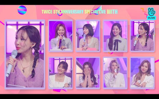 Tròn 5 năm debut, TWICE mở buổi live đặc biệt: Jeongyeon vắng mặt, các thành viên không ngại spoil ca khúc mới khiến fan sướng rơn - Ảnh 62.
