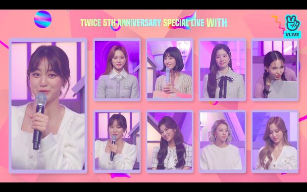 Tròn 5 năm debut, TWICE mở buổi live đặc biệt: Jeongyeon vắng mặt, các thành viên không ngại spoil ca khúc mới khiến fan sướng rơn - Ảnh 63.