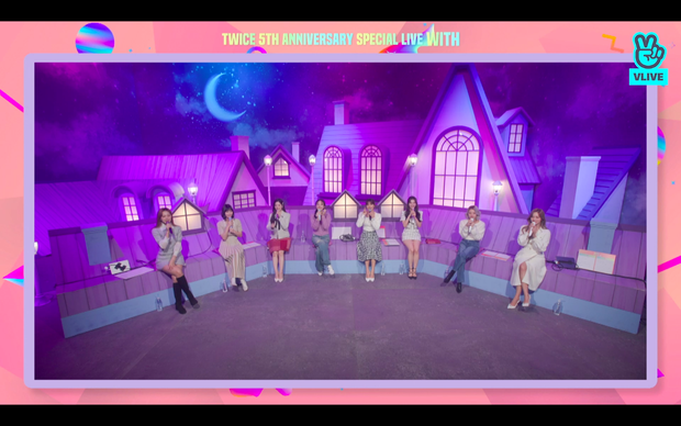 Tròn 5 năm debut, TWICE mở buổi live đặc biệt: Jeongyeon vắng mặt, các thành viên không ngại spoil ca khúc mới khiến fan sướng rơn - Ảnh 111.