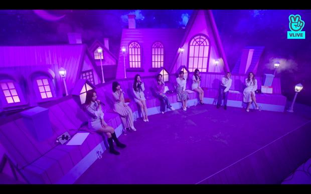 Tròn 5 năm debut, TWICE mở buổi live đặc biệt: Jeongyeon vắng mặt, các thành viên không ngại spoil ca khúc mới khiến fan sướng rơn - Ảnh 119.