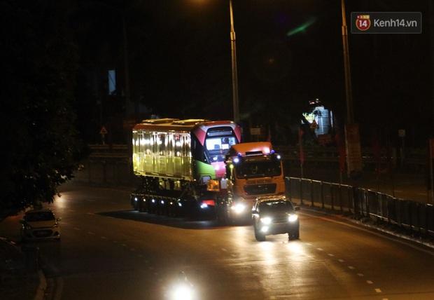 Đoàn tàu metro Nhổn - ga Hà Nội đã về đến Hà Nội, người dân sẽ được tham quan - Ảnh 5.