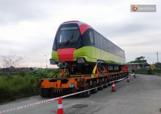 Đoàn tàu metro Nhổn - ga Hà Nội đã về đến Hà Nội, người dân sẽ được tham quan - Ảnh 13.