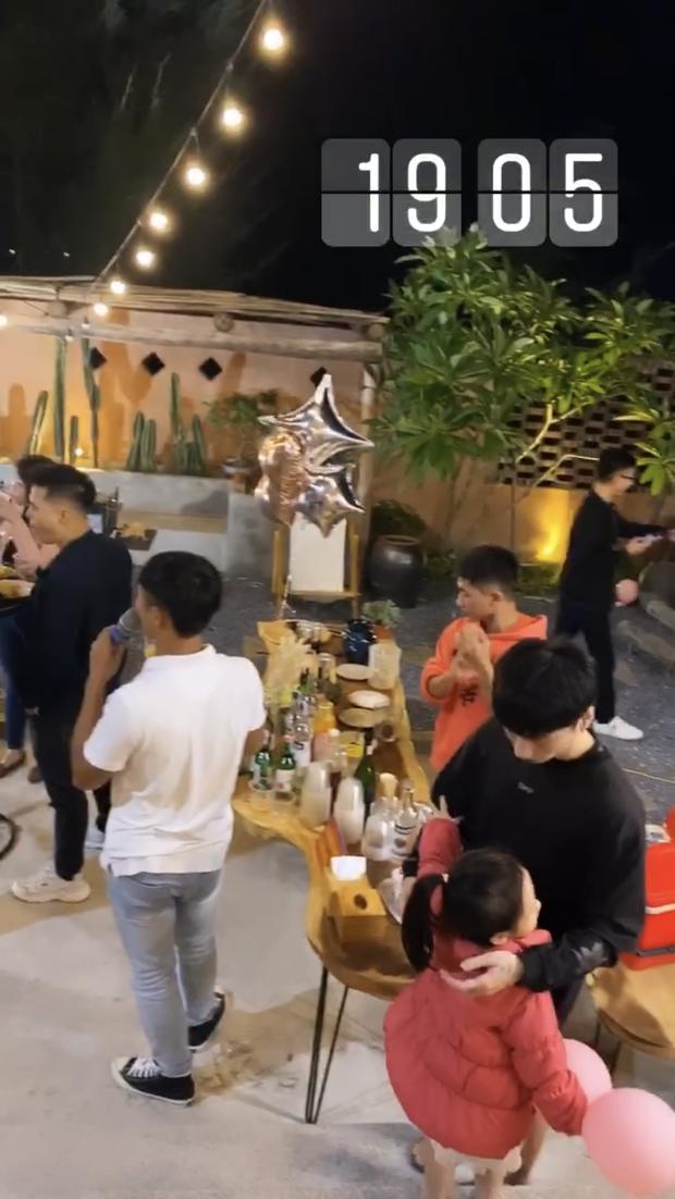 Cô dâu 200 cây vàng Nam Định được chồng tổ chức tiệc mừng 20/10 hoành tráng, to ngang ngửa sự kiện của năm - Ảnh 4.