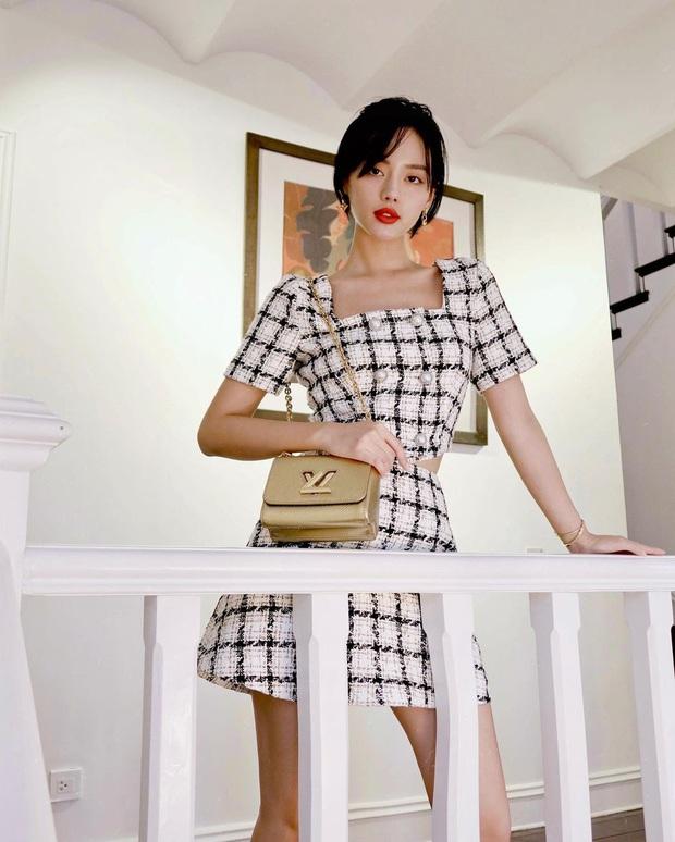 Instagram look của sao Việt tuần qua: Ngọc Trinh diện quần táo bạo trông như lộ nội y, Amee ngày càng chất - Ảnh 5.