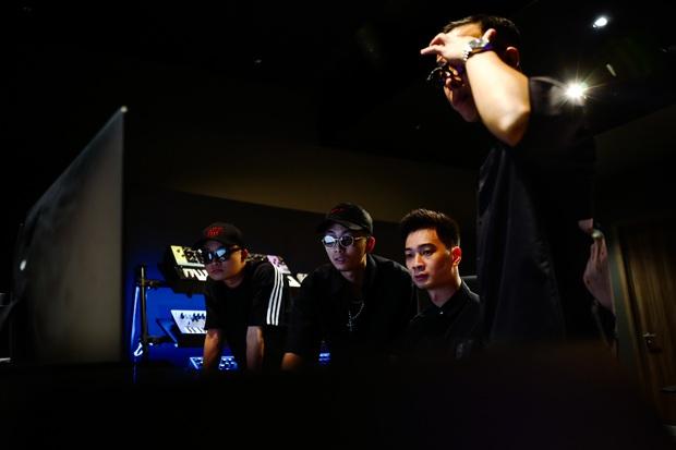 Rhymastic tiết lộ vai trò khác tại Rap Việt, ngoài Touliver và Slim V còn có 2 thành viên SpaceSpeakers cũng tham gia làm beat - Ảnh 8.