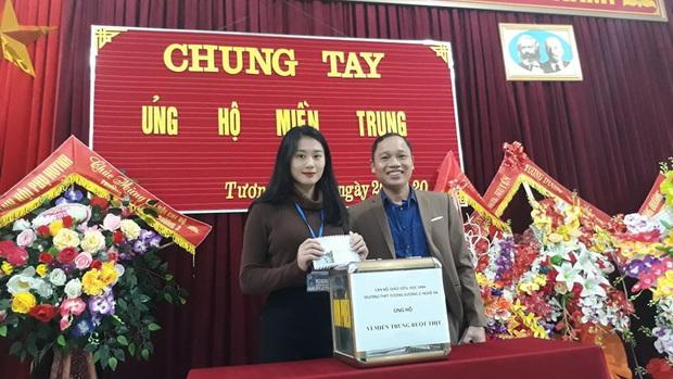 Các giáo viên trường cấp 3 ở Nghệ An từ chối nhận hoa ngày 20/10 để ủng hộ bà con miền Trung - Ảnh 5.