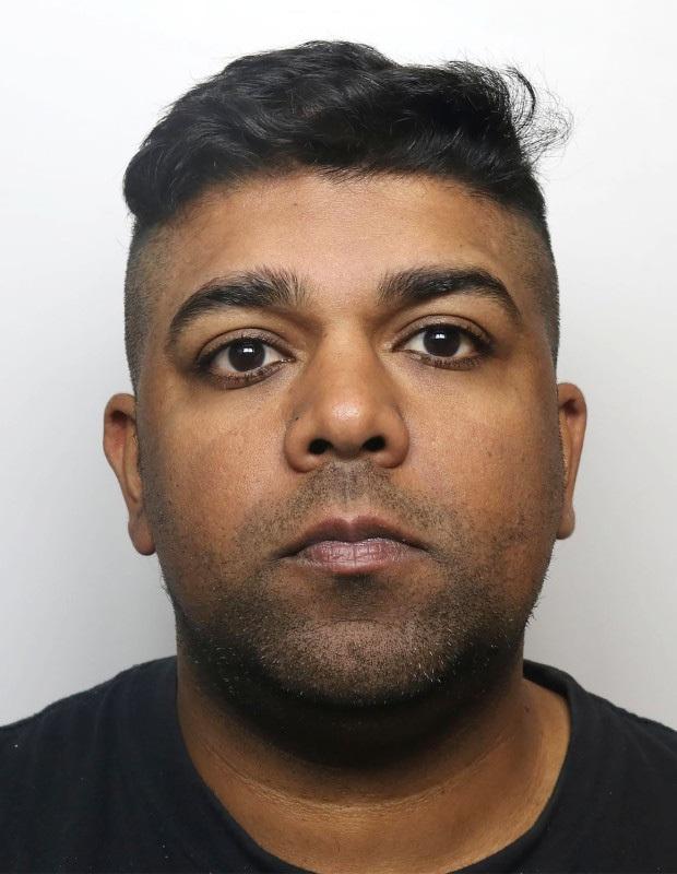 Lạm dụng tình dục đàn gà nuôi trong nhà, người đàn ông nhận án 3 năm tù - Ảnh 1.