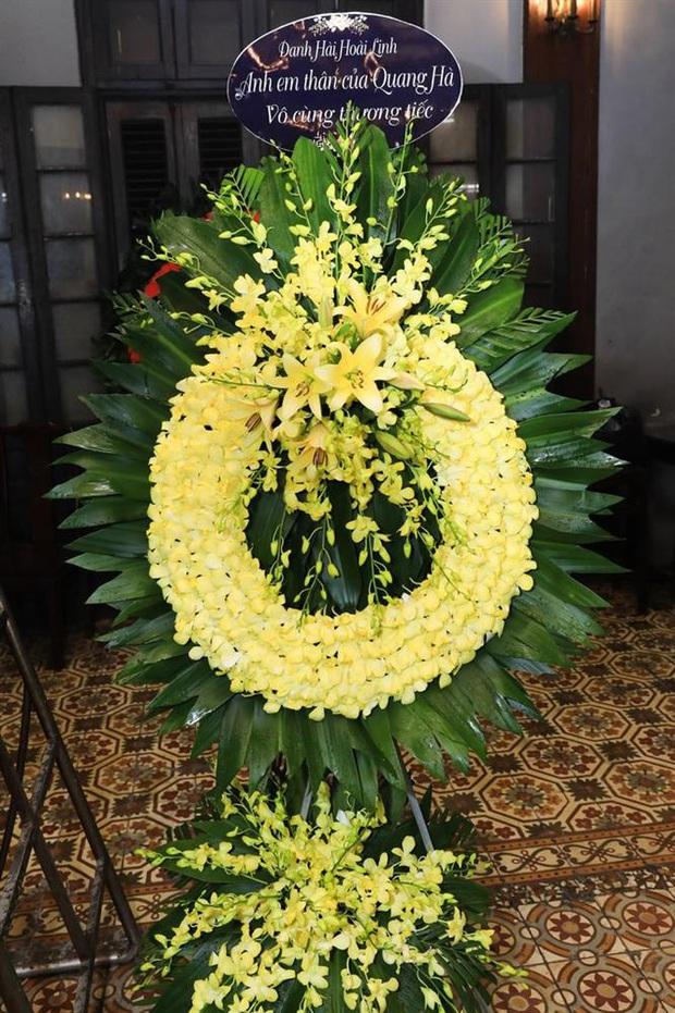 Quang Hà khóc nức nở trong tang lễ anh trai ruột, Lệ Quyên cùng nhiều nghệ sĩ xót thương - Ảnh 8.