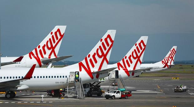 Mua vé máy bay hạng thương gia gần 60 triệu, hành khách tức tối vì chỉ được ăn mì gói - Ảnh 2.