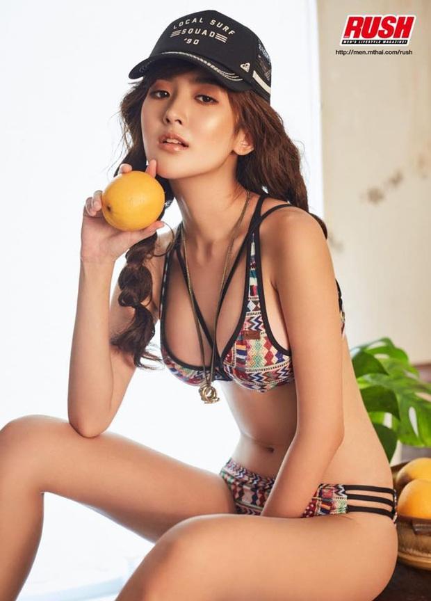 Ngắm vẻ đẹp tựa thiên thần của nữ streamer Thái, nhưng điều gây sốt lại là body quá nóng bỏng khi diện bikini - Ảnh 8.